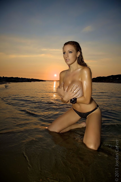 Sexiest-Jordan-Carver-Sunset-hot-HD-Photoshoot-Image-7
