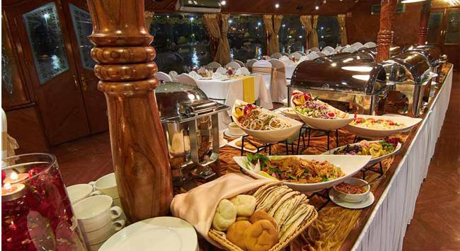 Marina Dhow Cruise Dinner