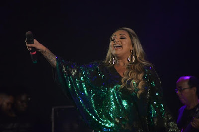 Mara Ribeiro leva show empolgante para o São João de Santo Antonio de Jesus