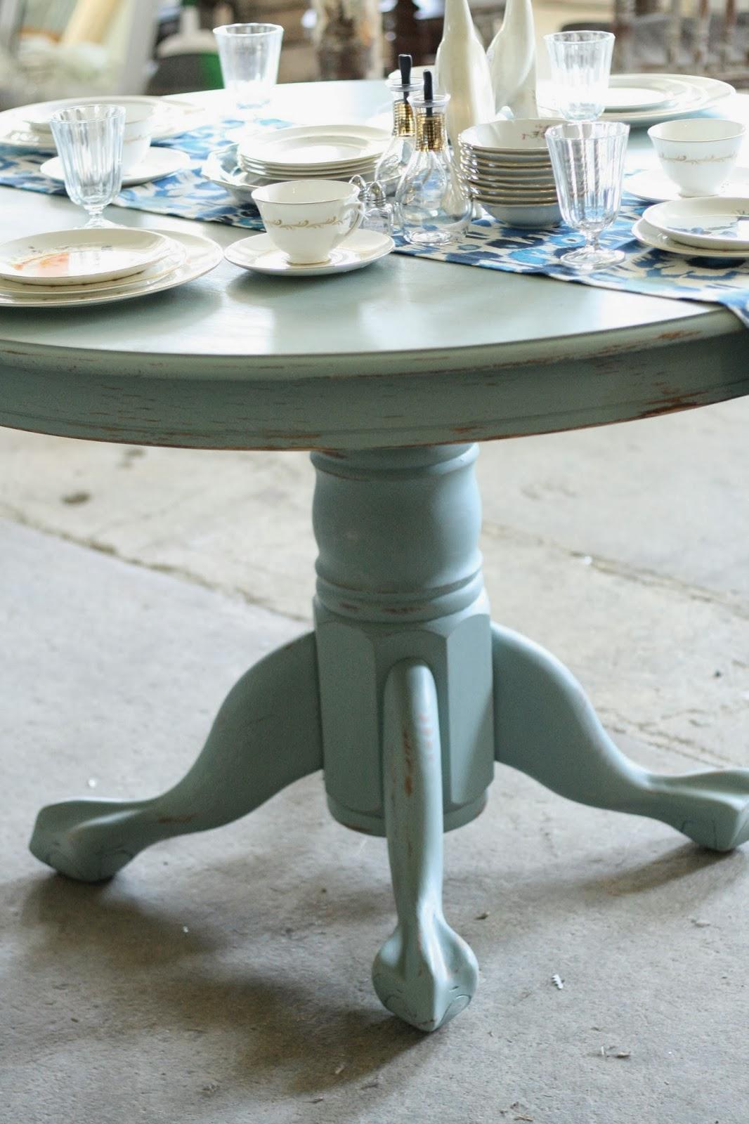 persian blue pedestal dining table cassie bustamante. Black Bedroom Furniture Sets. Home Design Ideas