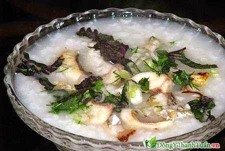 Món ăn chữa bệnh đau lưng - Cháo cá rô đồng