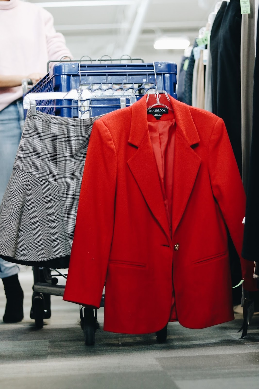 How to Thrift Shop at Goodwill