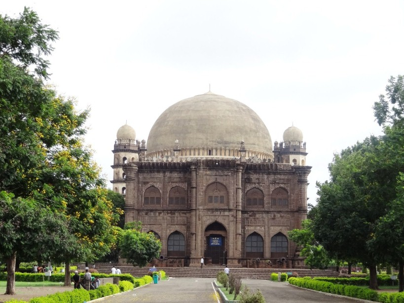 Gol Gumbaz - Tomb of Muhammad Adil Shah - Bijapur, Karnataka