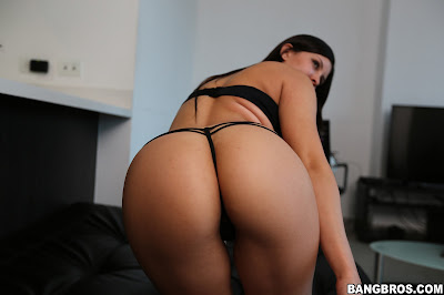 Samanta Lopez – Twenty Year Old Colombian Babe Gets Properly Fucked