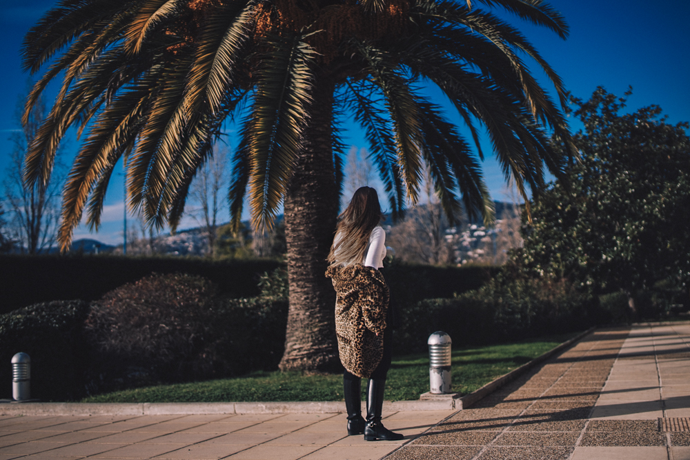 leopard print coat outfit france fashion blogger