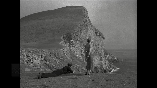 Imagen de 'The Edge of the World (1937)' - Espectaculares acantilados
