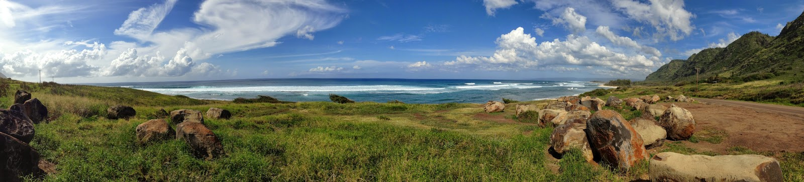 Panorama of the Ka'ena Point Trailhead (also the end of the Dillingham Highway) on O'ahu's North Shore (past Mokule'ia Beach). You can park here and continue to Ka'ena point on foot just a few miles up!