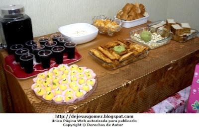 Foto de piqueos o bocadillos para cumpleaños o fiesta. Foto de piqueo de Jesus Gómez