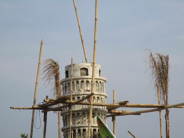 taman 3 menara pisa boyolali