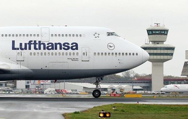 Відмовив двигун: літак зі 158 пасажирами екстрено сів у Берліні