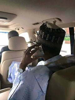 Buhari using HTC phone