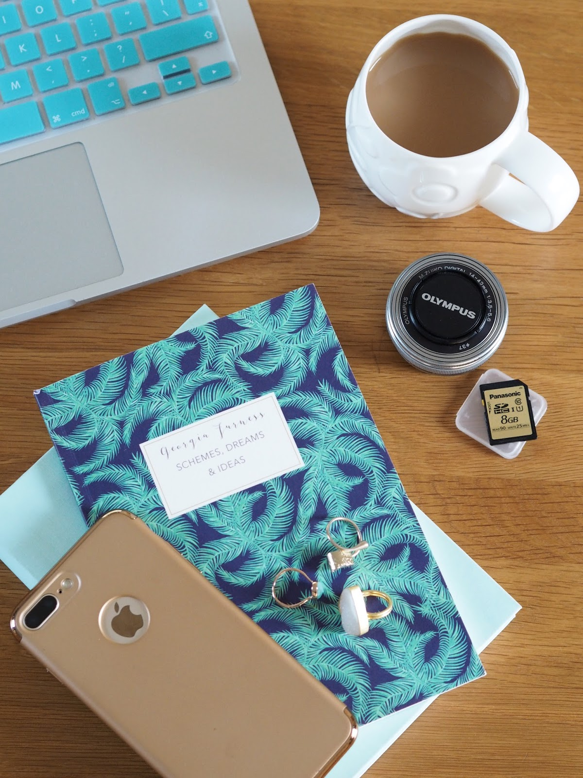 Blogging Tips Flatlay