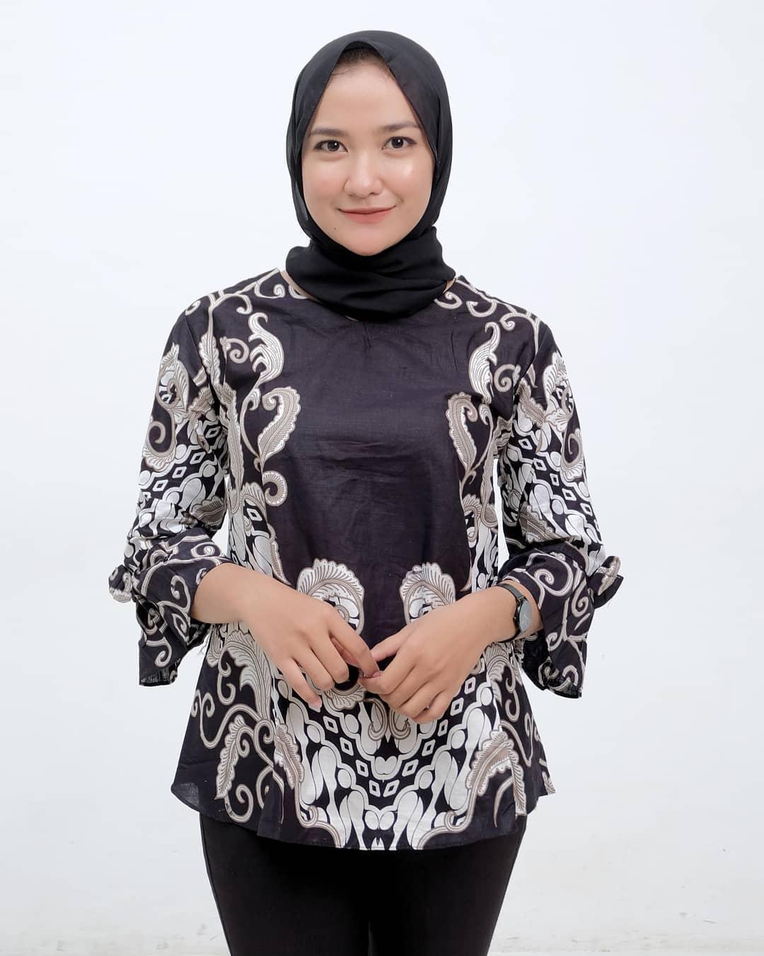 Baju Setelan Batik Wanita: Model Baju Batik Wanita Islami Kekinian Dan Modern, WAJIB BACA