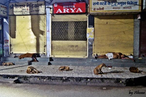 Varanasi-noaptea-India