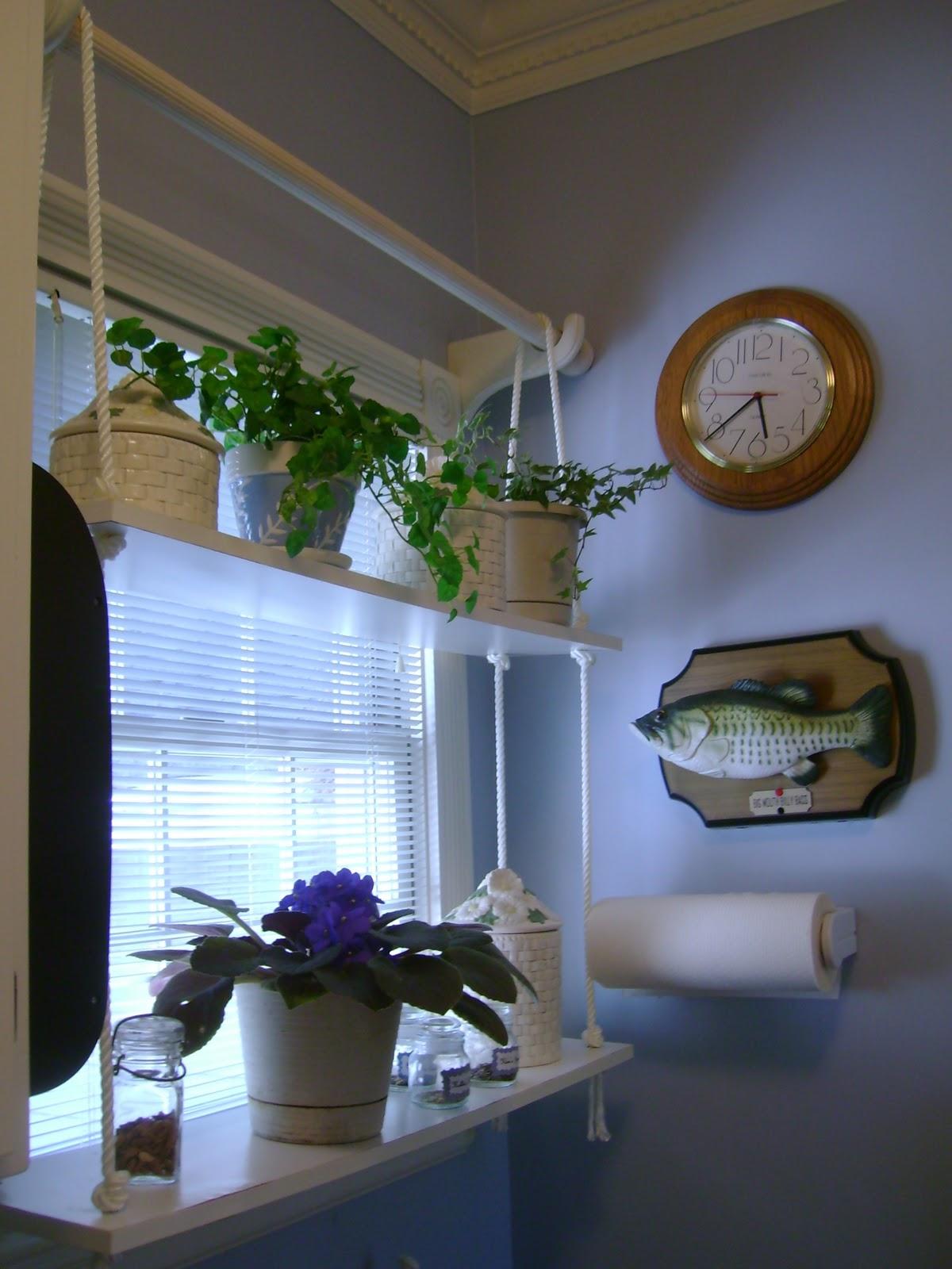 Savannah Granny Sunny Window Shelf