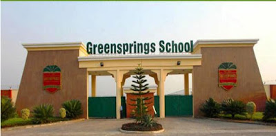 Graduate Trainees At Greensprings School