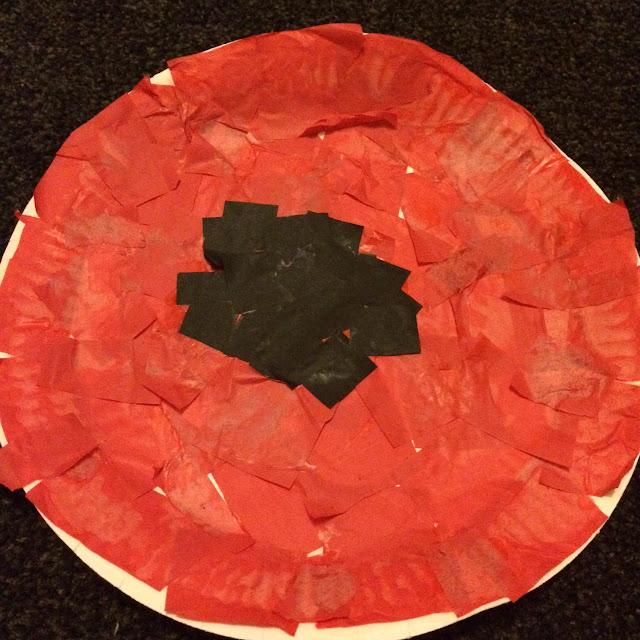 Paper plate poppy