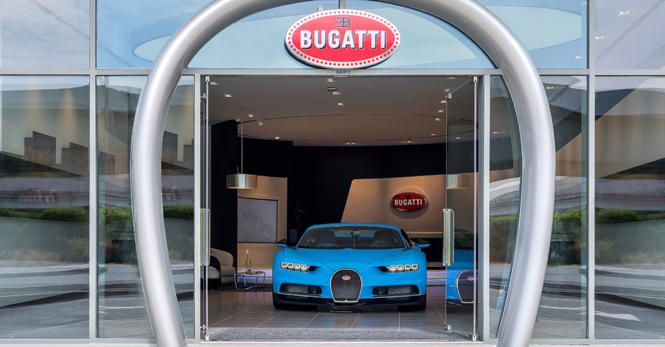 bugatti 39 s opened its largest dealership in that 39 s right dubai. Black Bedroom Furniture Sets. Home Design Ideas