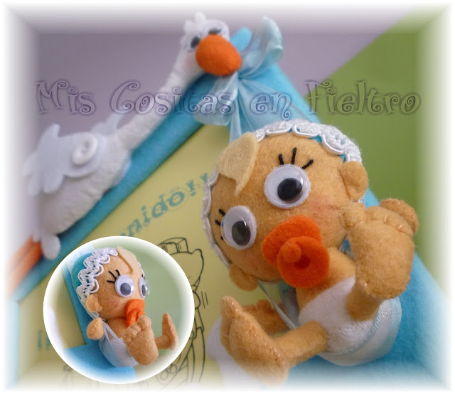 Marco cigüeña con bebé, portafotos bebé, fieltro, foto bebé, cigüeña