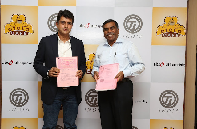 From L to R Mr Ashish Thadani, CEO of Absolute Speciality Foods Chennai Pvt Ltd