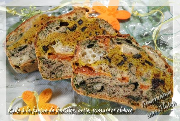 Cake à la farine de lentilles, ortie, tomate et chèvre
