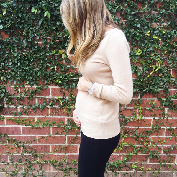 20-week baby bump shot