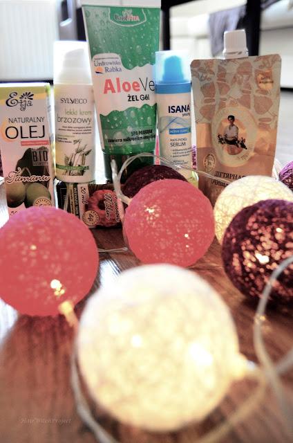 kosmetyki | pielęgnacja | trądzik | żel aloesowy | krem | serum | maska