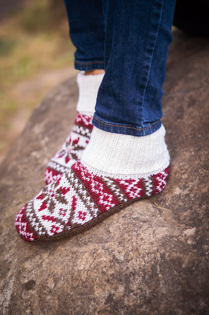 fair isle slippers knitting wool yarn pattern cozy red white brown