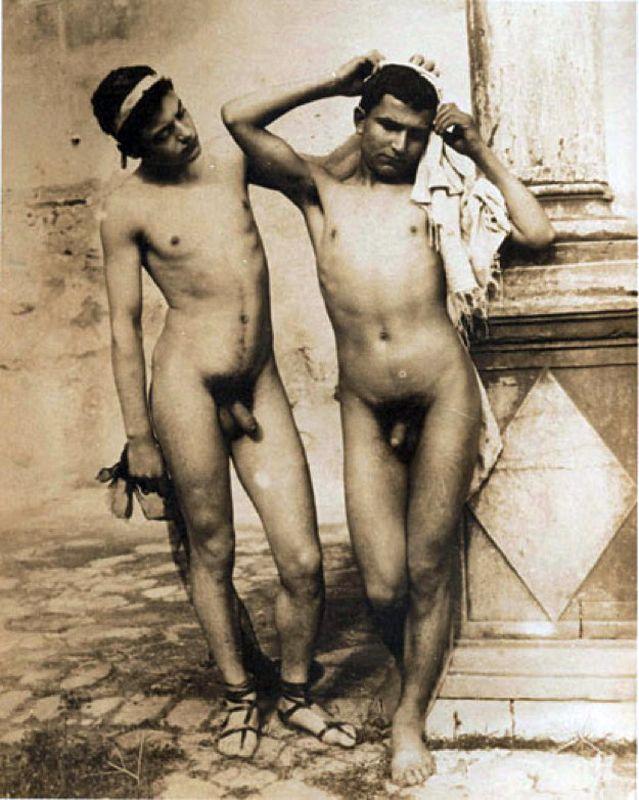 gay a pescara uomini asiatici nudi
