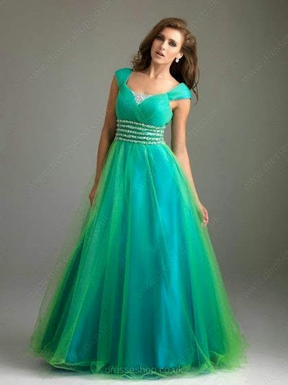 Tips to buy Prom Dresses, Plus Size Dresses