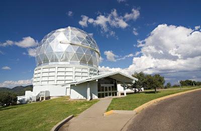 telescopio Hobby-Eberly presso l'osservatorio McDonald, in Texas