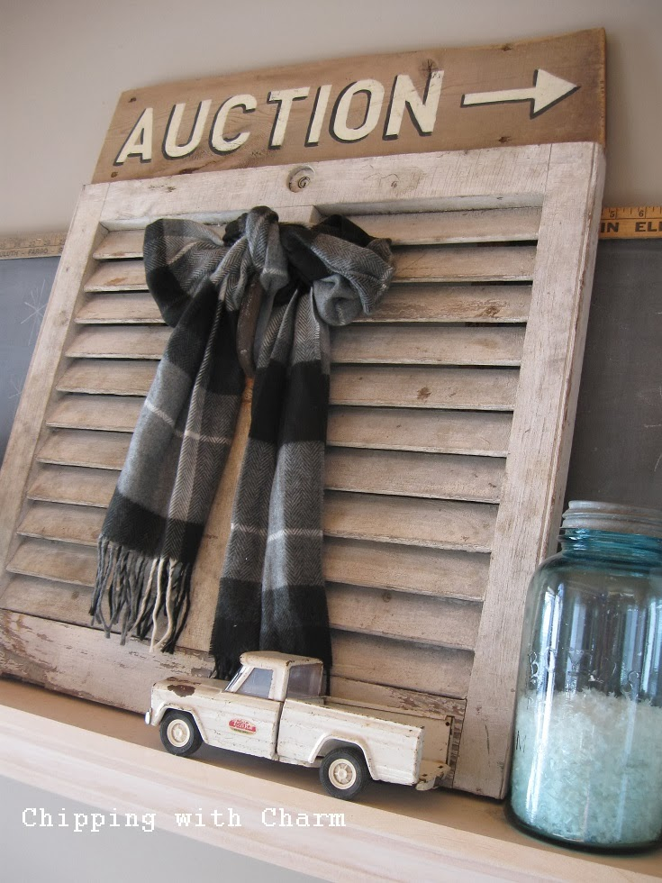 Chipping with Charm:  Cozy Winter Mantel...http://chippingwithcharm.blogspot.com/
