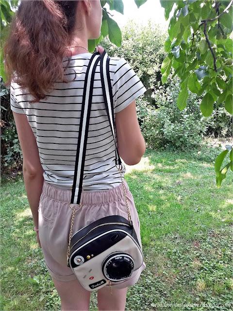 Camera shaped bag, Zaful