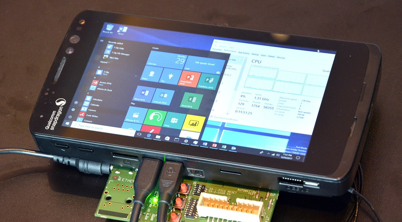 qualcomm snapdragon 835 mobile pc reference close up 1