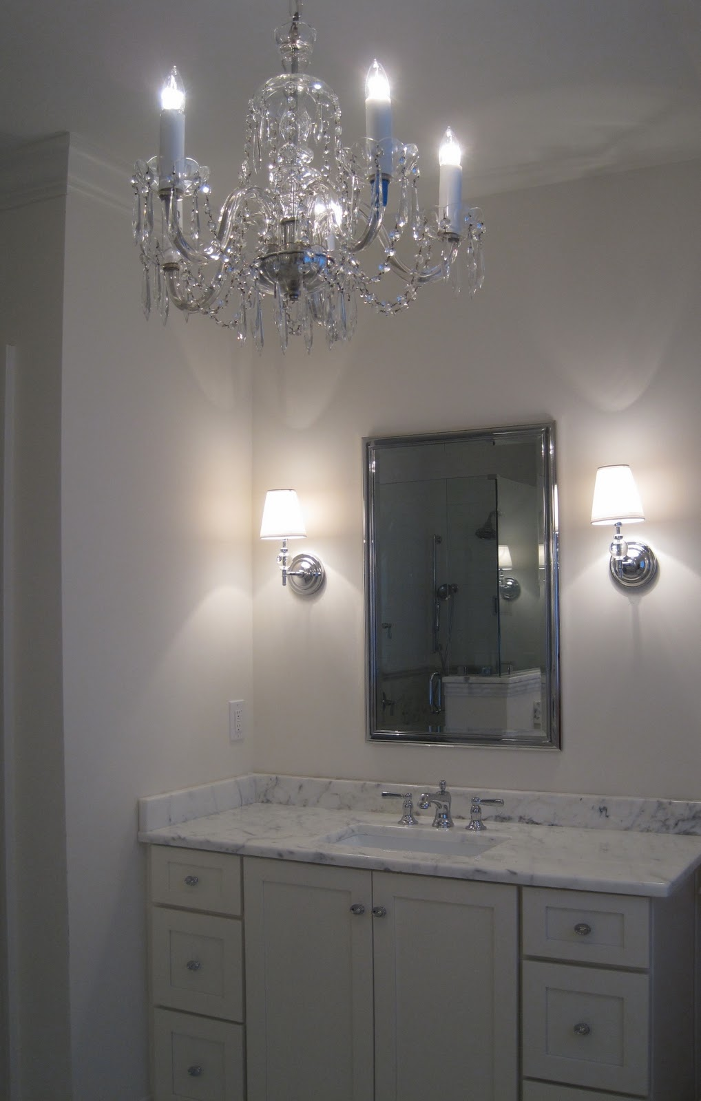 Pretty old houses new old crystal chandelier in the bathroom - Small bathroom chandelier crystal ...