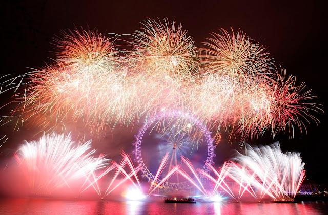 Puisi Untuk Menyambut Tahun Baru Paling Keren Dan Update