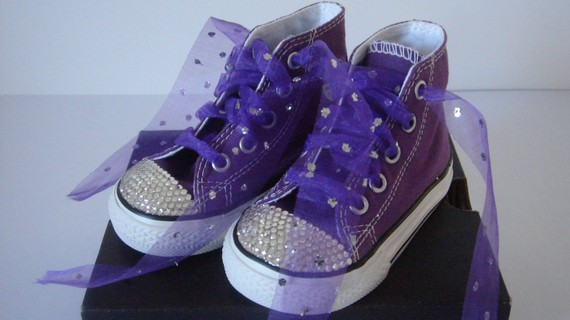 Have you seen these cute crystal embellished shoes in boutiques and on etsy  a7181e786