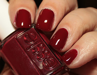 Essie Fall 2016 - Maki Me Happy