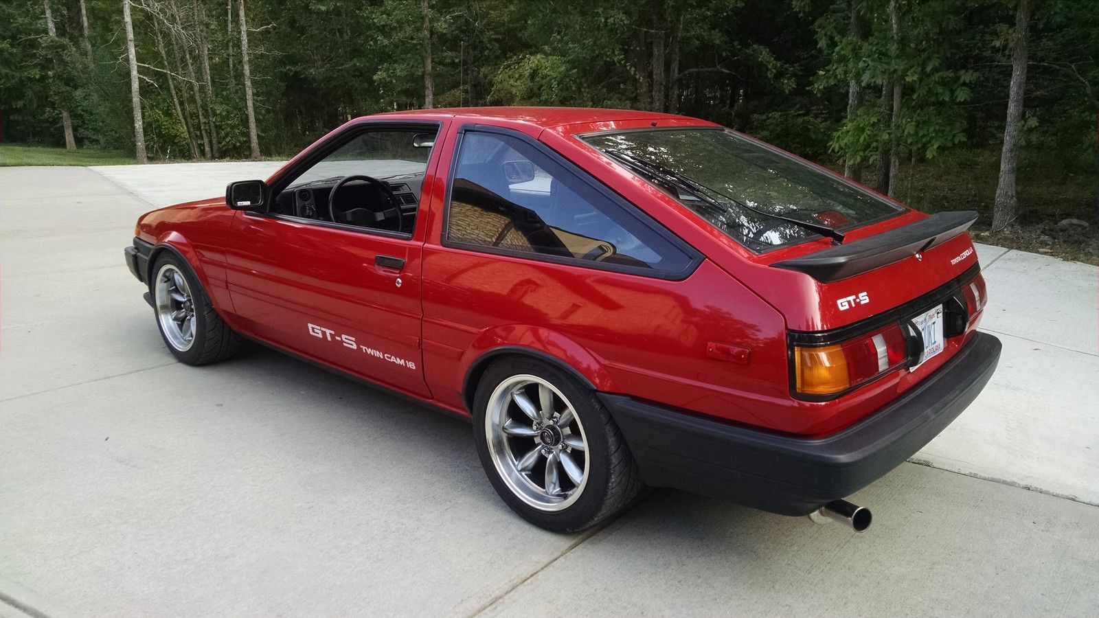 daily turismo 14k miles 1987 toyota corolla gt s ae86. Black Bedroom Furniture Sets. Home Design Ideas