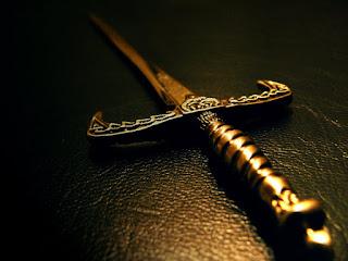 Lebih Tajam Dari Sebilah Pedang