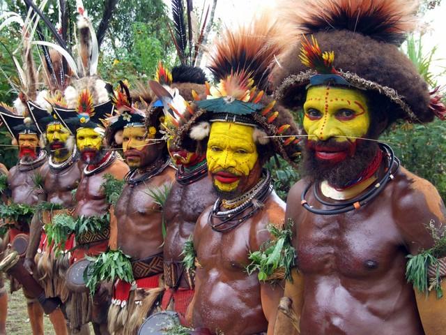 Suku Huli