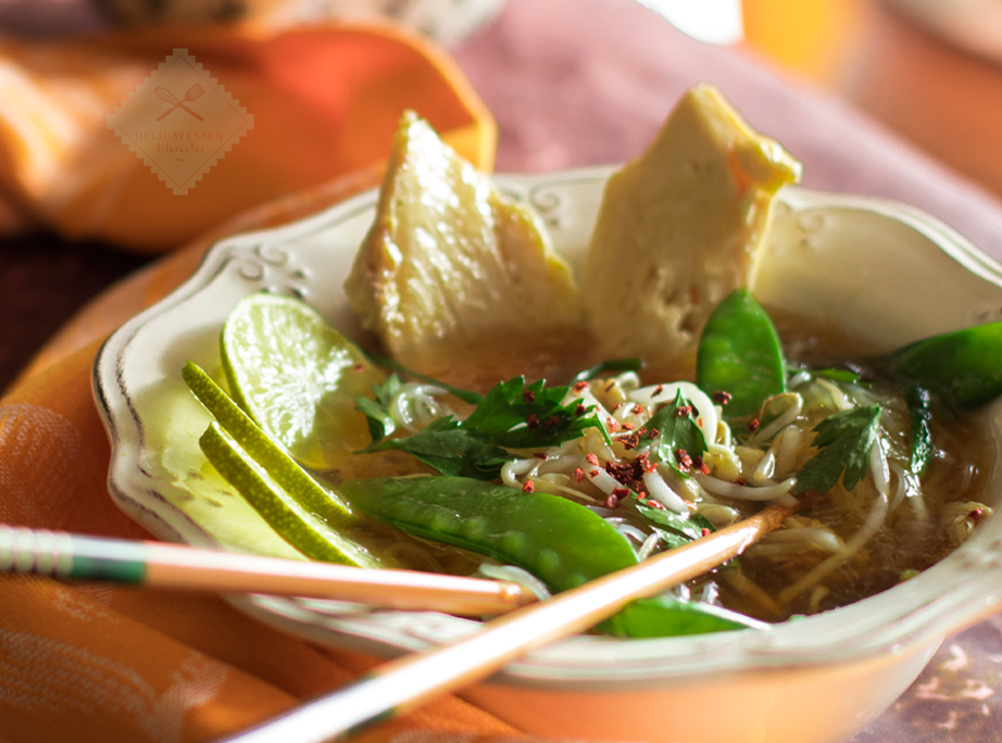 fideos chinos con pollo y lima