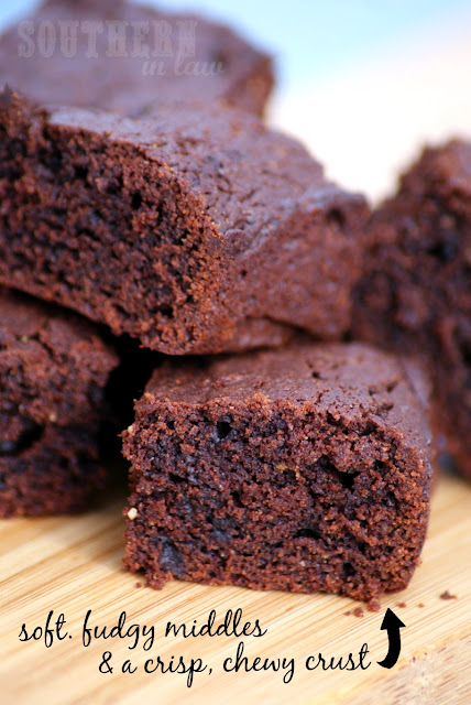 Healthier Gluten Free Brownie Recipe with Chewy Edges  low fat, gluten free, low sugar, refined sugar free, clean eating friendly, lightened up, healthy brownie recipes, fudgy brownies