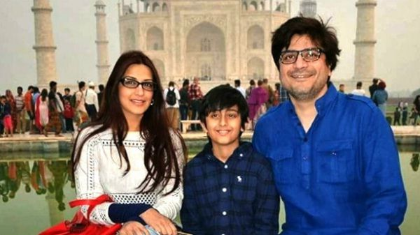 Goldie Behl with Son and Wife sonali Bendre