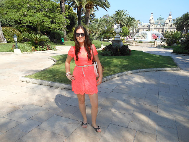 Monaco Fashion Blogger