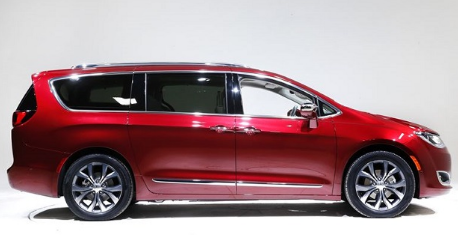 Chrysler Pacifica 2018 Changes & Price