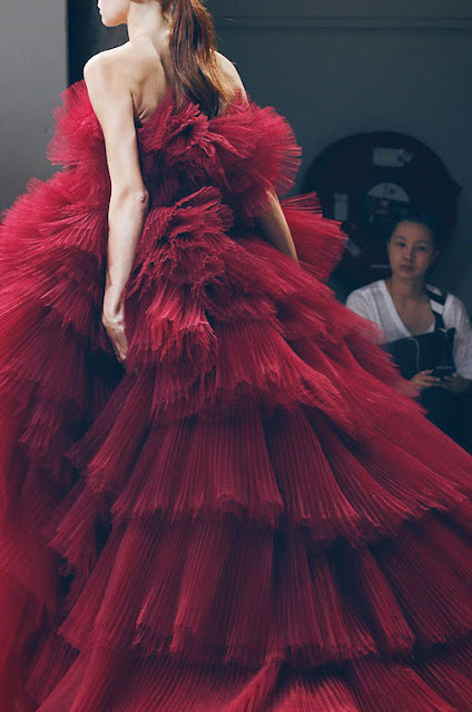 Allure Couture: Giambattista Valli Fall 2016 Paris Fashion Week