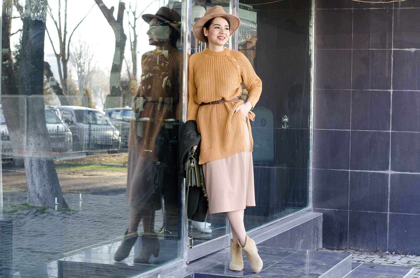 fashion blogger diyorasnotes midi skirt beige outfit asos hat oversized coat