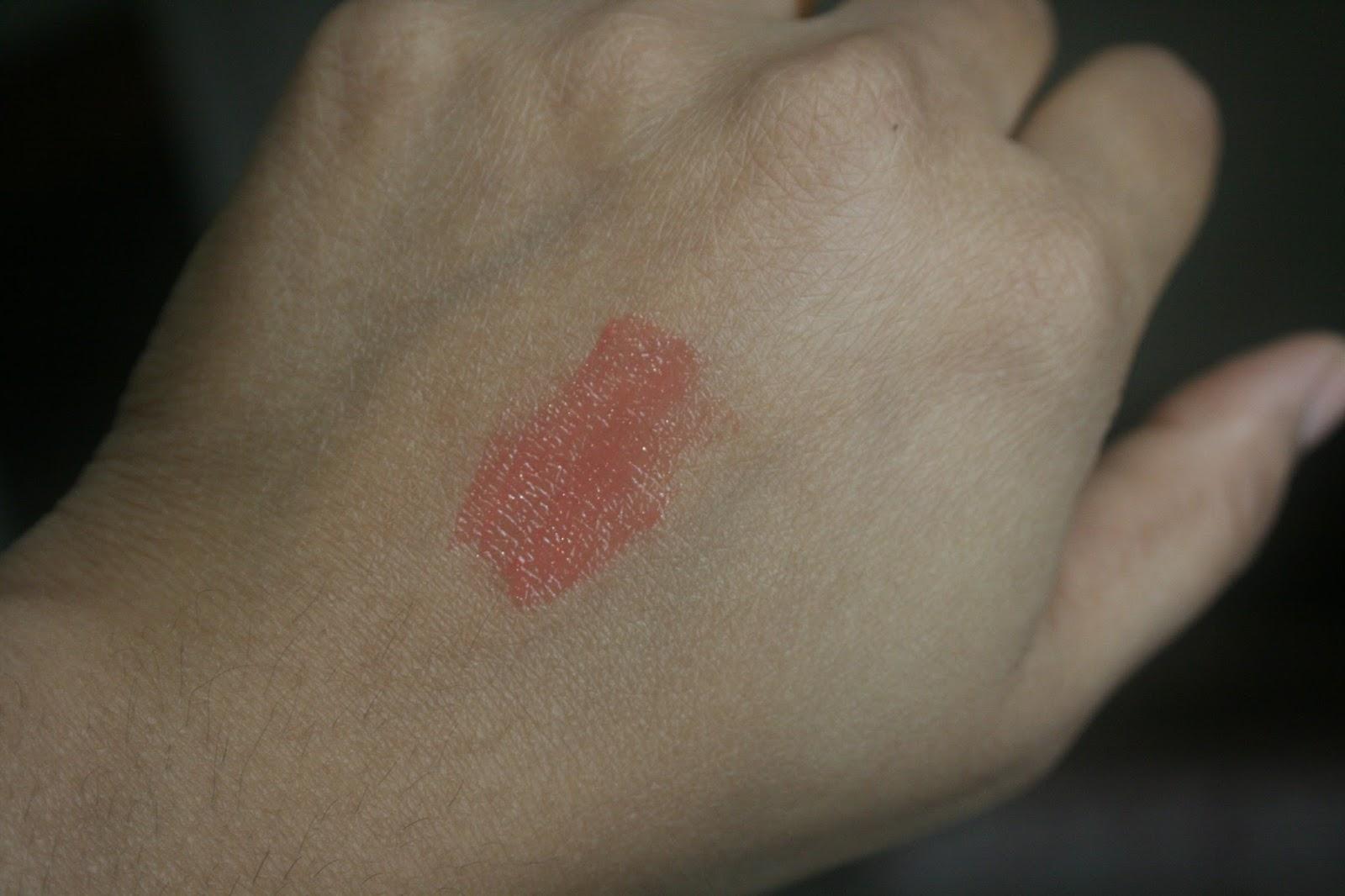 Guerlain Gloss d'Enfer Maxi Shine Lip Gloss in Nahema Smack Swatch