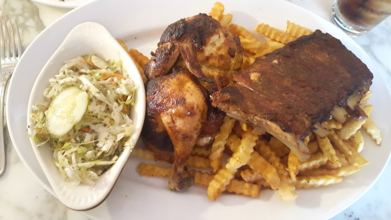 Restaurant review & GIVEAWAY: Beau's Grillery, Bloomfield Hills, MI